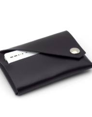 LEMUR_Wallet_black_2_1024x1024