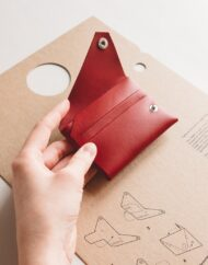 wallet_red_001_1024x1024